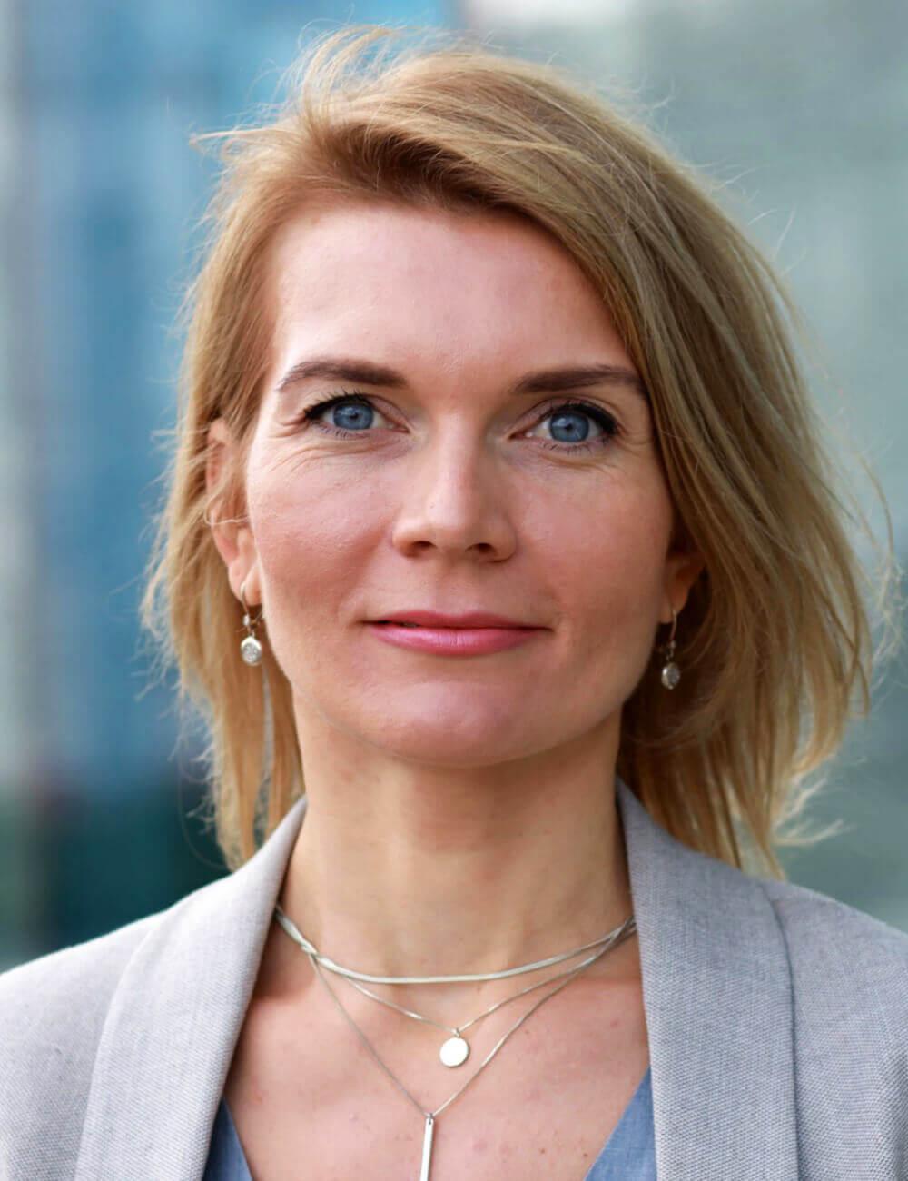 Мария Авдеева, Эксперт