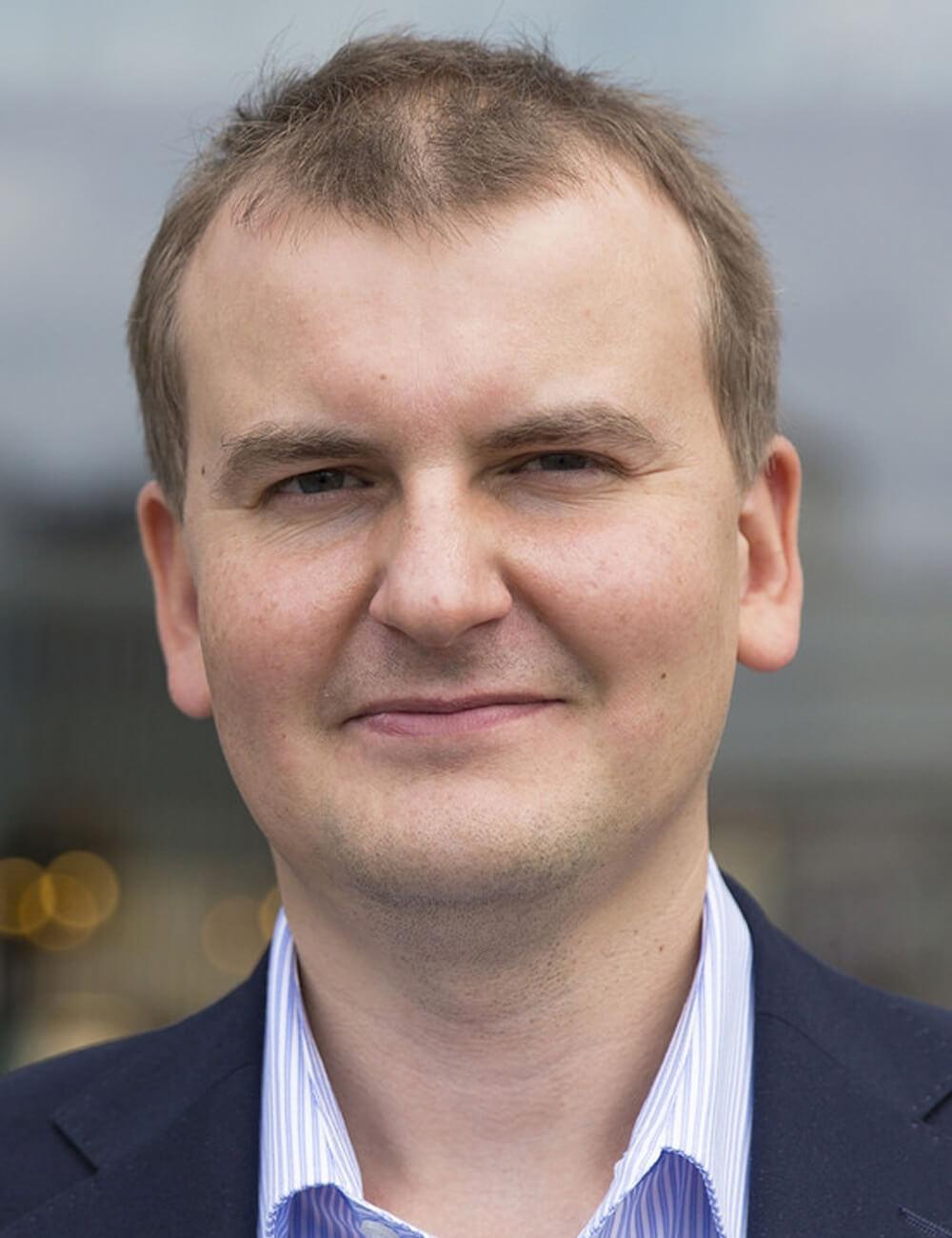 Максим Хилько , Эксперт