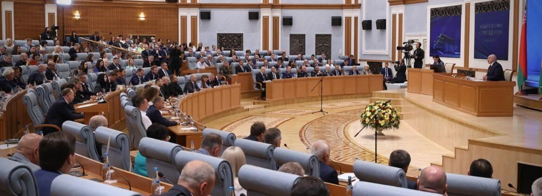 В фарватере российской пропаганды:  Как и чем Лукашенко угрожал Украине